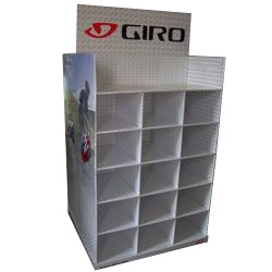 Cardboard pallet display for GIRO Helmets